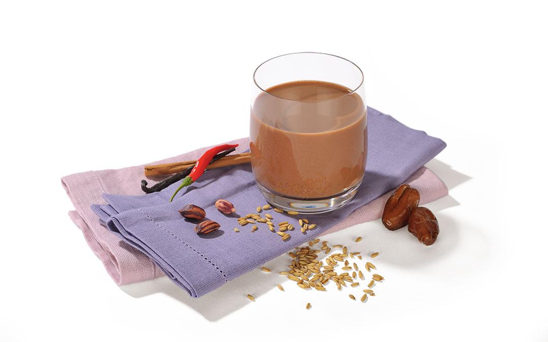 Scharfer Hafer-Kakao mit Wild-Erdnüssen