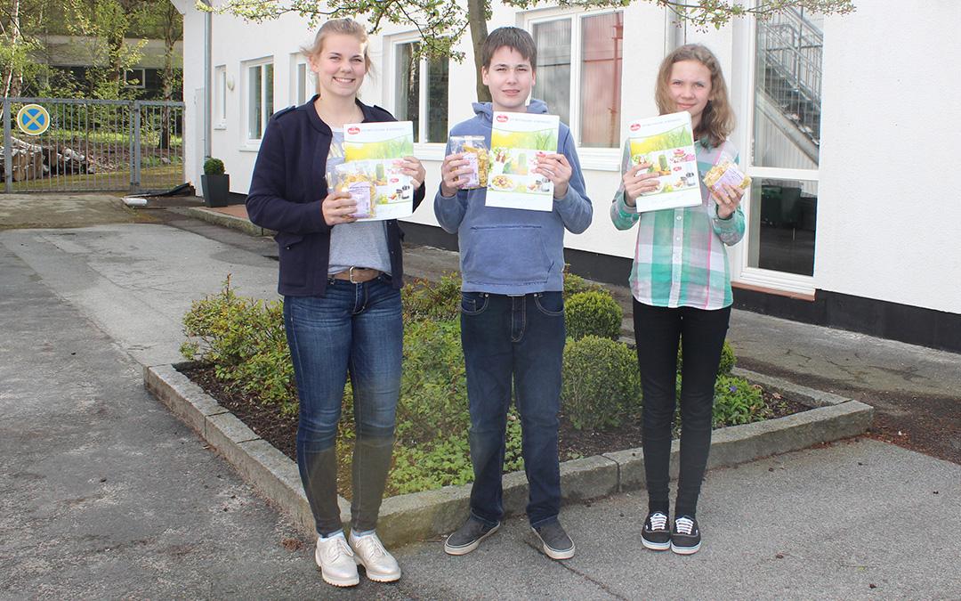Drei Jugendliche zu Gast bei Keimling Naturkost
