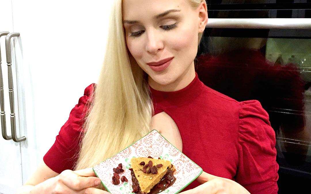 Herbst-Tipp von Ariane Sommer: Roh-köstliche Cashew-Ecken mit Schoko-Goji-Creme