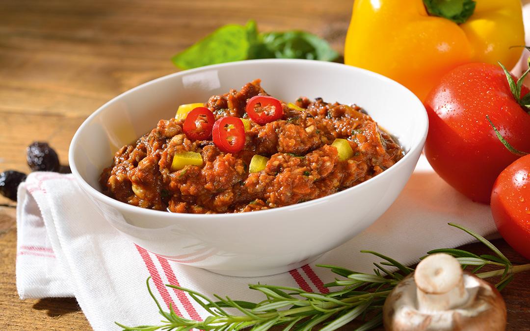 Chili sin Carne auf Pastinaken-Reis