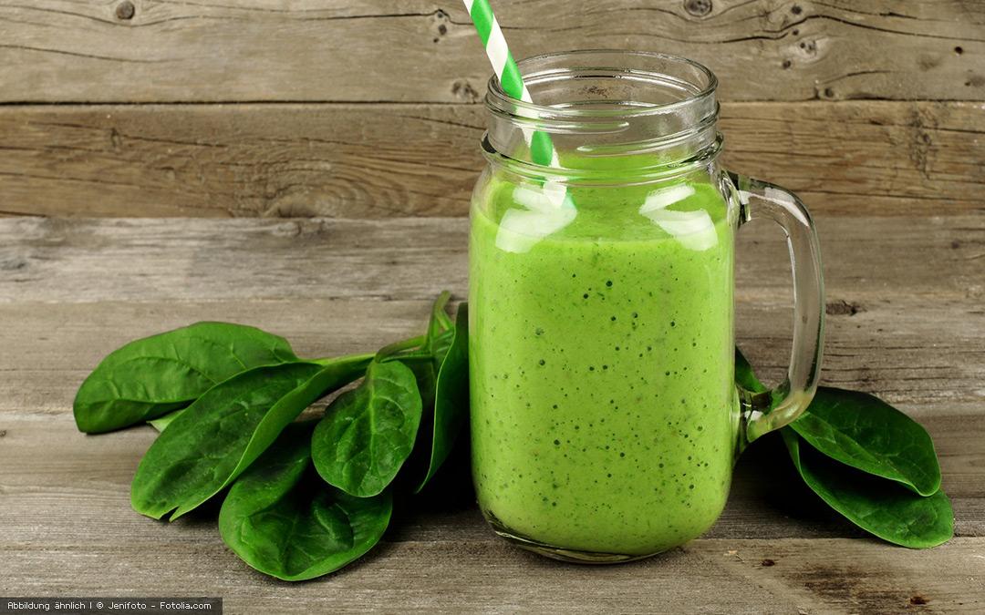 Grüner Knollen Smoothie mit Ingwer