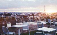 Restaurant über den Dächern von Paris