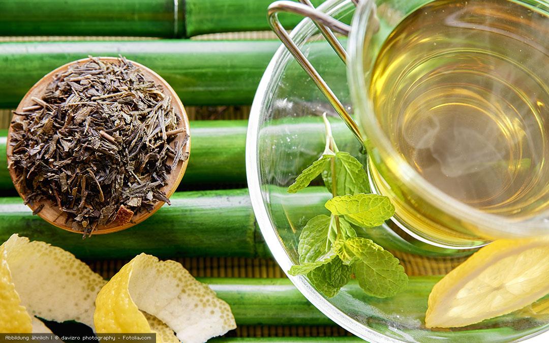 Tee selber machen – Kreiere deinen eigenen Detox-Tee