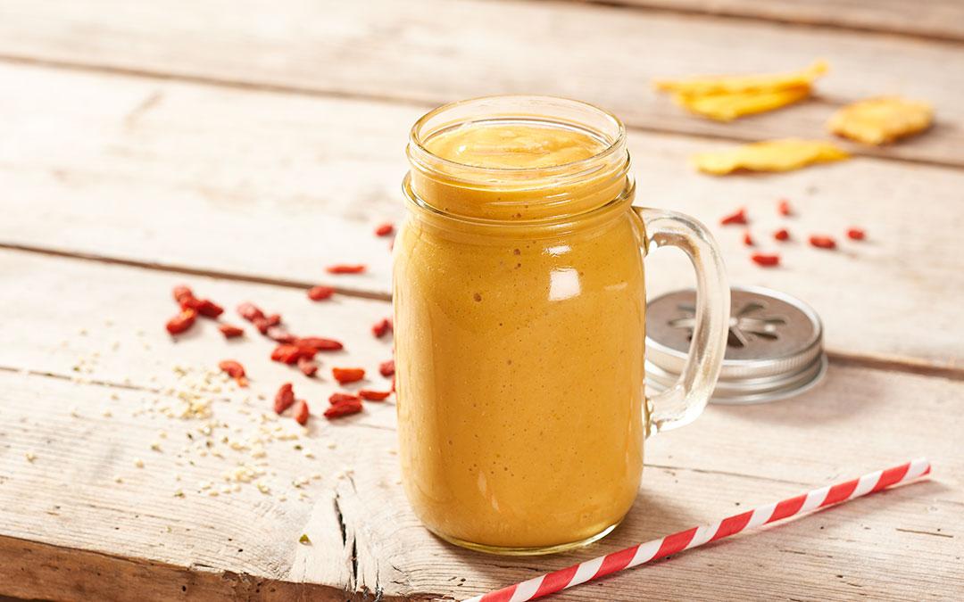 Mango-Hanf-Smoothie: Detox-Smoothie Rezept für die kalten Tage