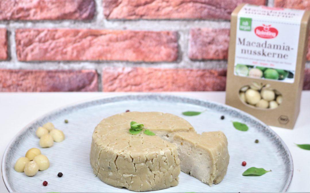 Cremiger Macadamia Trüffel Brie von Angela Griem