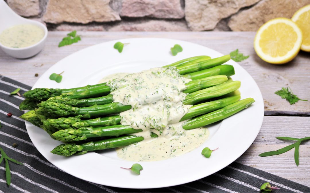 Grüner Spargel mit Sauce Bérnaise von Angela Griem